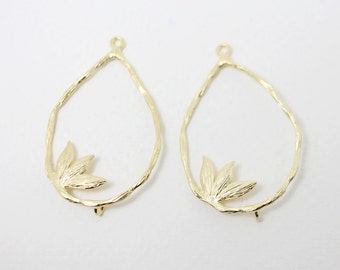 P0325/Anti-Tarnished Matte Gold Plating Over Brass/Sprout in Drop Branch Pendant /24x38mm/2pcs