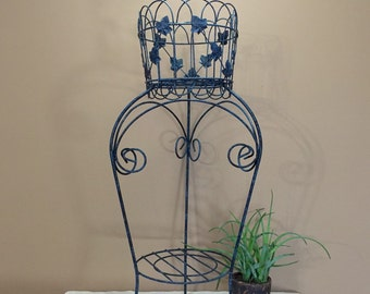 Vintage Rustic Plant Stand / Vintage Metal Plant Stand / Plant Stand