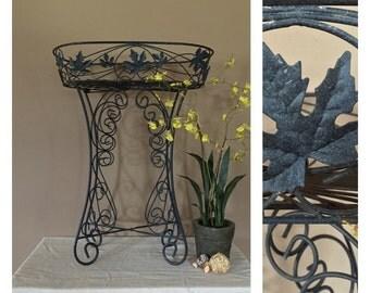 Vintage Plant Stand / Vintage Metal Plant Stand / Indoor Plant Stand / Outdoor Plant Stand / Plant Stand Metal