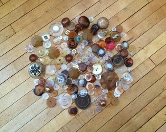 Assorted Lucite Plastic Button Packafes