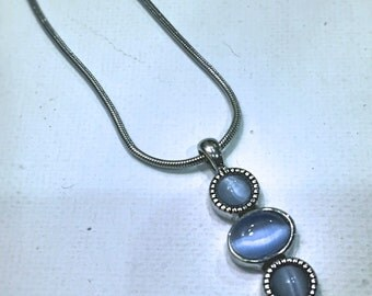 Necklace: Miracle bead pendant, necklace, blue.