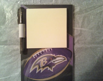 Baltimore Ravens magnetic Post it Note holder with pen