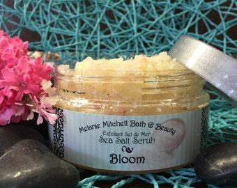Bloom: Exfoliating Salt Scrub
