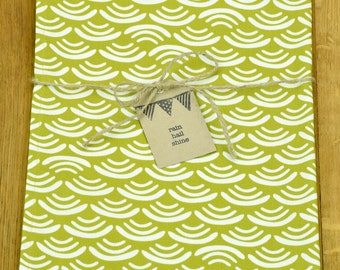 100% Organic Cotton Tea Towel with Japanese Style Waves