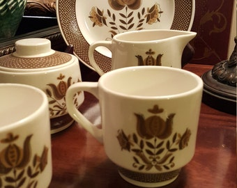 Vintage Dunmore Ironstone 4241 Cream and Sugar with Lid Coffee Set