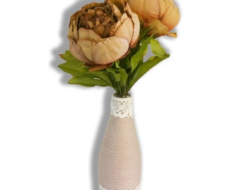 Bottle vase in beige