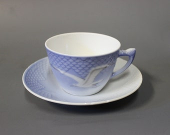 Sea Gull chocolate cup with saucer, porcelain by B&G.