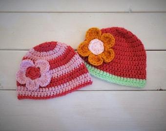 Set of 2 infant girl hats