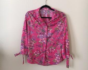Vintage 1970s 1980s floral blouse