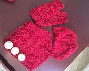Beanie hat, finger-less gloves & neck warmer Set