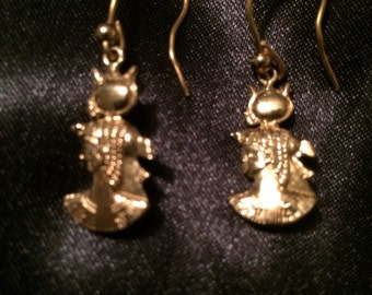 Custom-made 18K Gold Cleopatra Dangle Earrings.