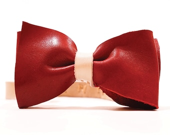 Finn Leather Bow Tie