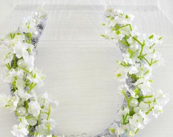 wedding horseshoe gift, Gypsophila