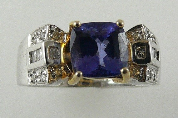 Tanzanite 1.81ct Ring 18k White & Yellow Gold with Diamonds