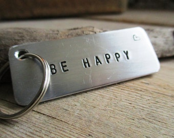 HANDMADE Keychain with text of aluminum ' BE HAPPY '