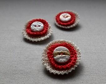 Red crochet Brooch. Red crochet pin.