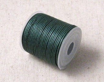 1mm Emerald Green Waxed Cotton Cord - 10 yards (3A-12)