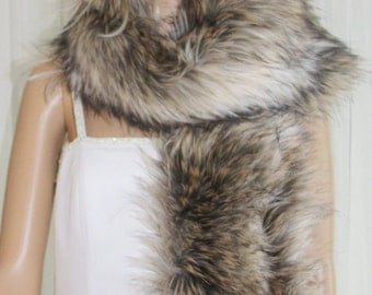 Foxy  Fox Faux Fur Scarf  Brand New !!