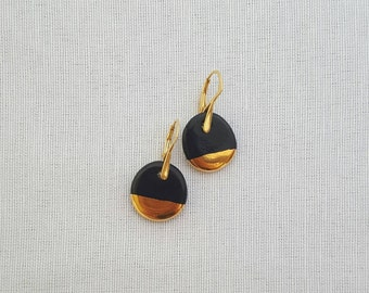 Dot Earrings |  Black