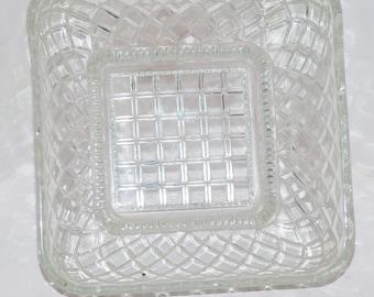 Clear Glass Lattice Bowl 418