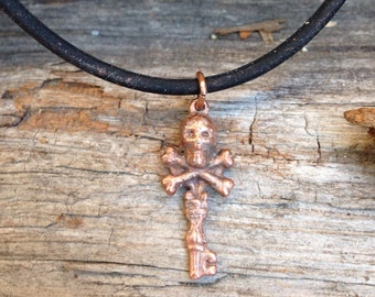 Skull pendant, Skull key necklace in copper on rubber cord. Steampunk style