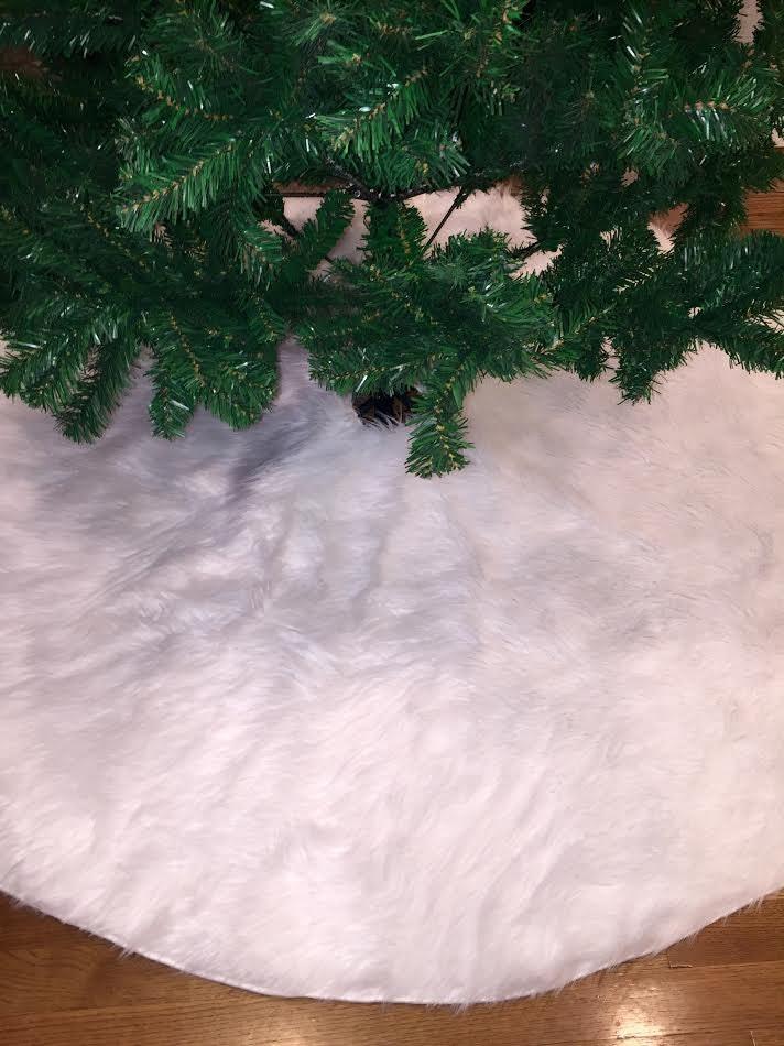 white christmas tree skirt tree skirt faux fur christmas tree skirt white faux fur tree skirt fur tree skirt 60 inches diam christmas - White Christmas Tree Skirt