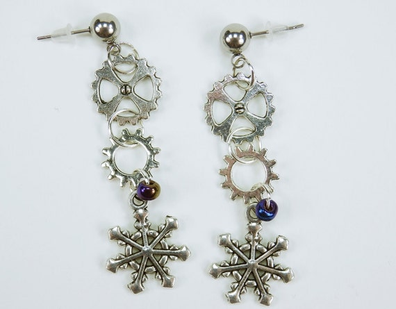 Earrings Winter steampunk gears on silver colored studs in stainless steel unique gear pair of earrings vintage Snowflake Blue