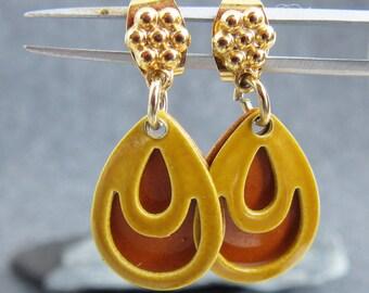 Vintage, Mid Century, Orange and Gold enamel earrings, dangle, post, floral, teardrop, layered
