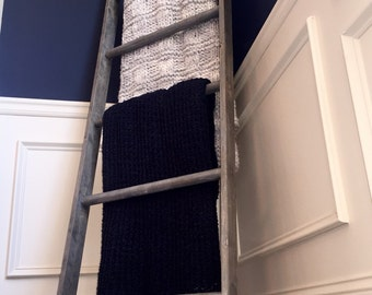 Ladder - Decor/Blankets