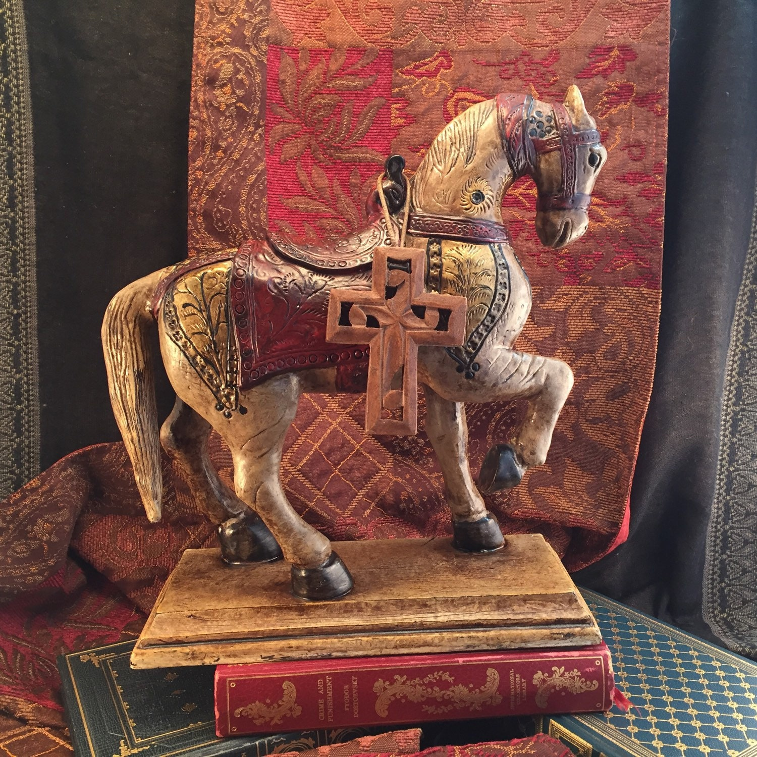 decorated horse statue asian style decor hand painted emperor. Black Bedroom Furniture Sets. Home Design Ideas
