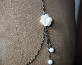 White romantic necklace