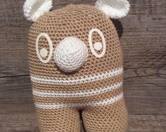 Crochet beige-White bear blankie