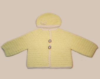 Yellow Sweater for babies from 2-4 years old.