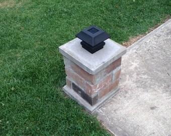 Mini Brick Pillar with Solar Light