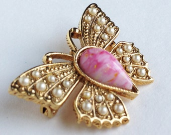 Butterfly Peearl Brooch/Pretty Vintage Faux Pearl Brooch/Cute Vintage butterfly pin