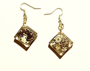 Earrings resin and clock movement