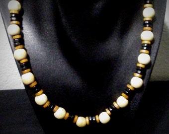 Men's Wooden Bead Necklace
