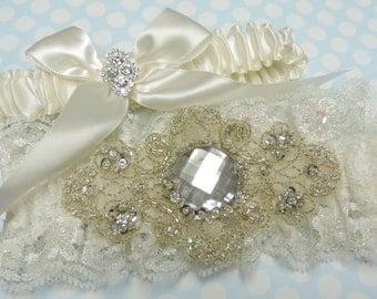 Beaded wedding garter set,  Wedding garter set,  Wedding garters