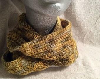 Texture Cowl - Green/Yellows