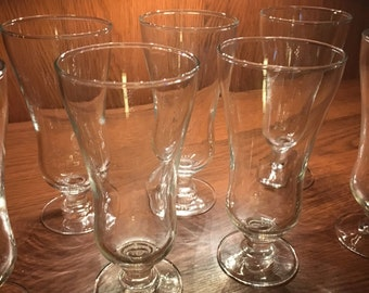 Footed multi purpose glasses
