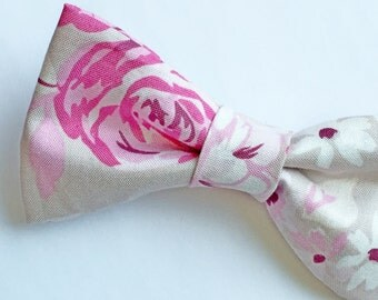 Men's Pink Bow tie, Blush Pink Bow tie, Pink Bow tie, Floral Bow tie, Men's Pink Bow tie, Pink Bowtie, Bowtie with Flowers, Pre-tied Bow tie