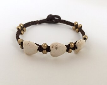 White Heart Turquoise bracelet, Gemstone Turquoise bracelet, Turquoise jewelry, Beaded bracelet, Waxed cotton bracelet, Friendship bracelet
