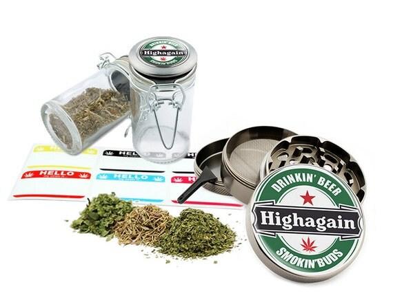 "Highagain - 2.5"" Zinc Alloy Grinder & 75ml Locking Top Glass Jar Combo Gift Set Item # G50120915-10"