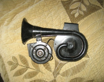 Antique Car Horn Estate Find! #BV