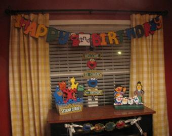 Sesame Street Happy Birthday Banner
