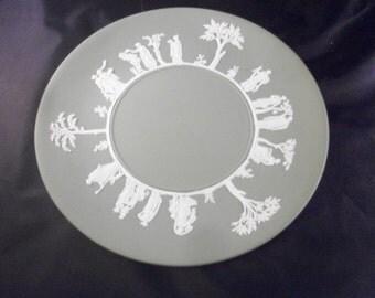 """Wedgwood Green Olympus Jasperware 9 1/2"""" Plate"""