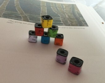 """Cube Paper Beads - """"Library Stamp"""""""