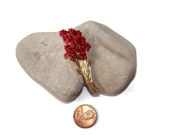 Vintage Red Long Stem Rose Bouquet Brooch / Pin by DM 97 / Flower Vintage Jewelry Gift for her Anniversary Gift