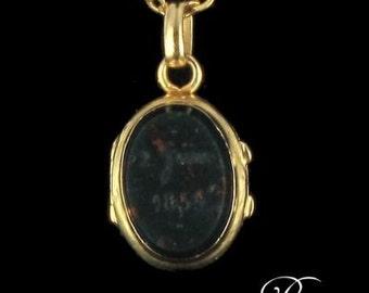 Bloodstone Medallion gold