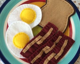 play food felt bacon and eggs